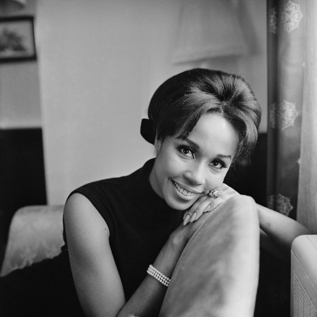 A lovely portrait of actress Diahann Carroll who was also a singer and fashion model taken in January 1965. | Photo: Getty Images