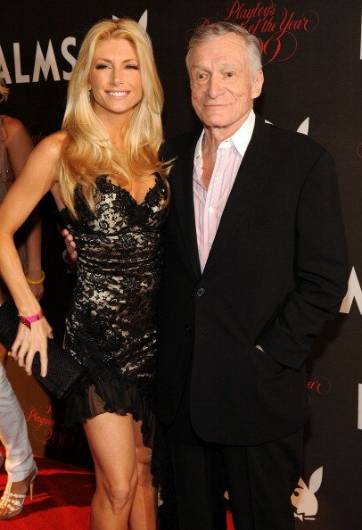 Brande Roderick and Hugh Hefner at Palms Hotel & Casino on May 2, 2009 in Las Vegas, Nevada. | Photo: Getty Images