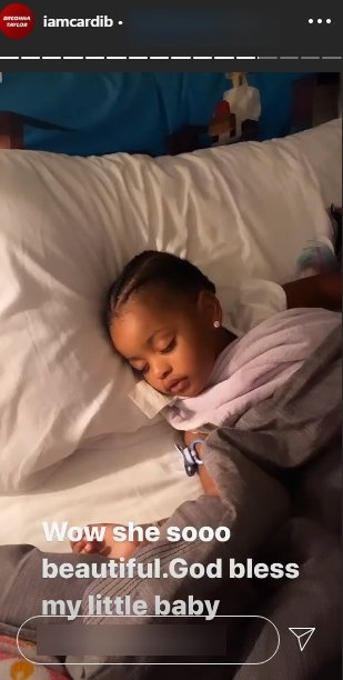 A picture of Kulture sleeping peacefully on Cardi's IG story. | Photo: Instagram/Iamcardib