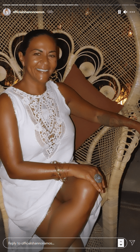 John Amos' daughter, Shannon, pictured smiling in a white gown   Photo: Instagram/officialshannonamos
