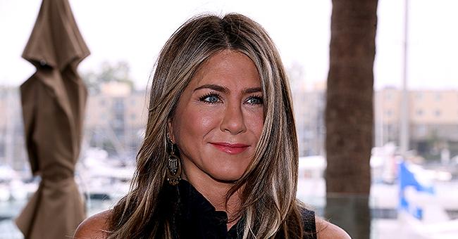 """Jennifer Aniston, 50 ans, révèle qu'elle est """"célibataire"""" : """"Je suis très occupée"""""""
