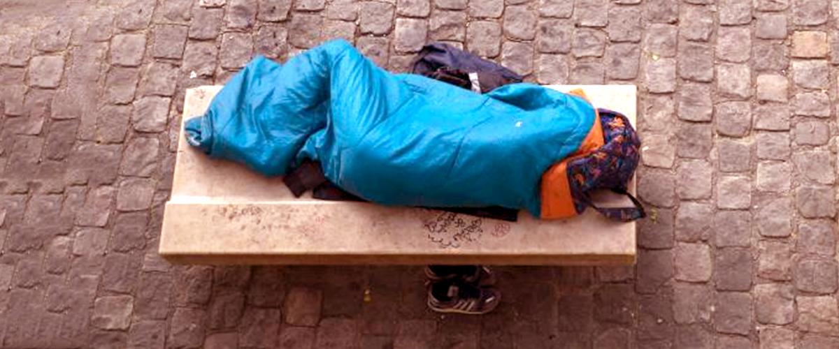 L'histoire de Marcel, 77 ans, qui vit dans la rue depuis 6 mois