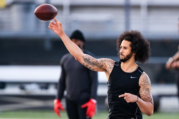 Colin Kaepernick at Charles R Drew high school on November 16, 2019 | Photo: Getty Images