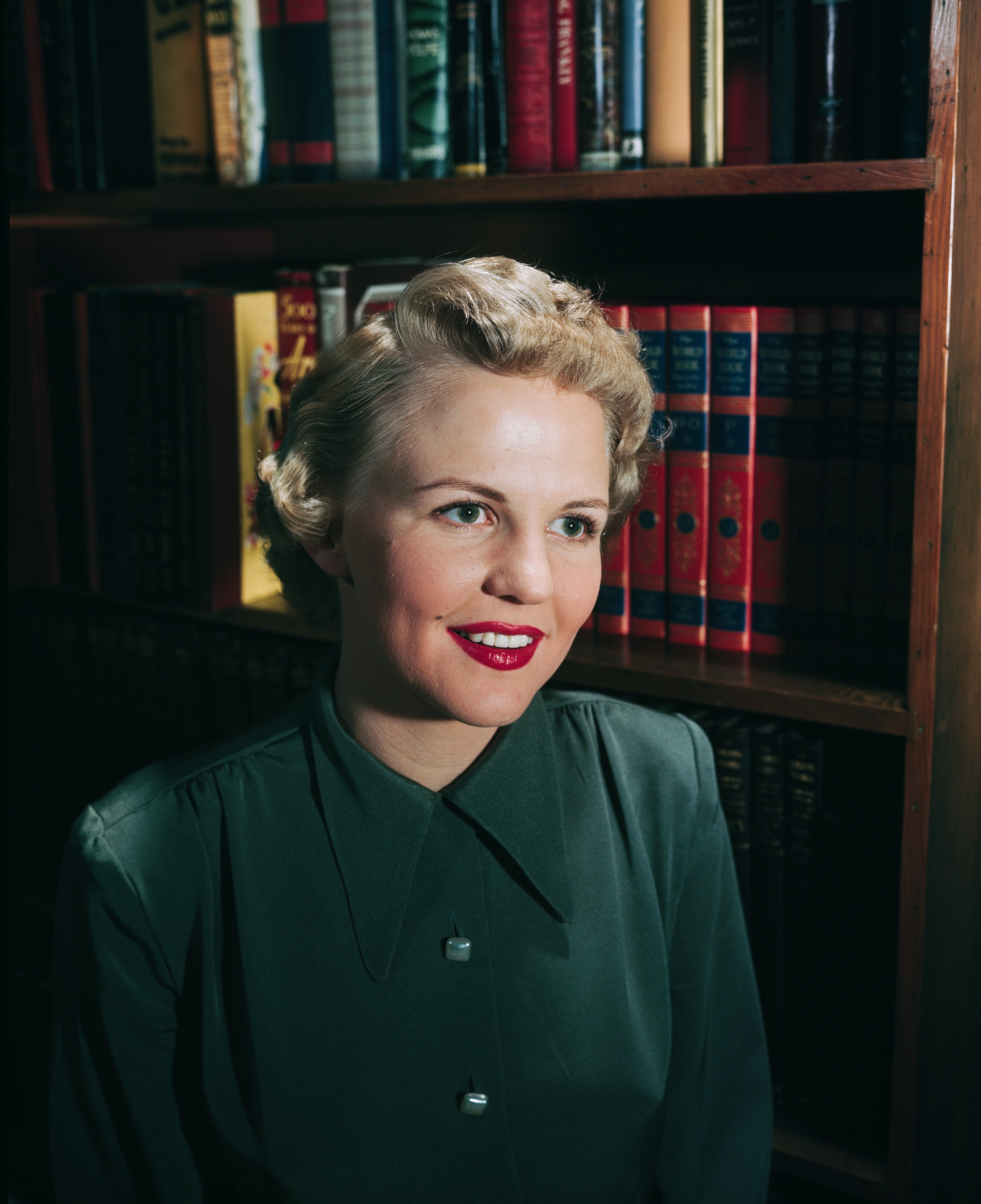 American jazz and pop singer Peggy Lee (1920 - 2002), circa 1950 | Photo: Getty Images