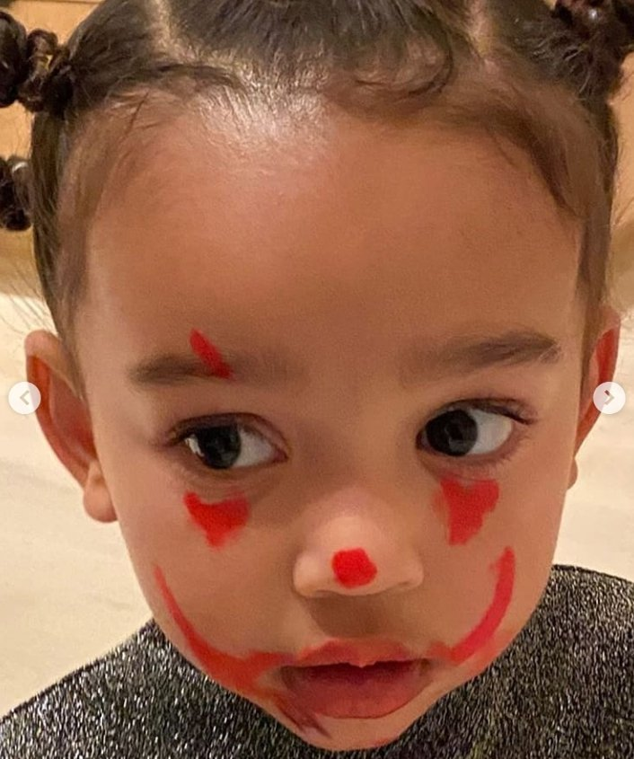 """Chicago West's face painted to resemble clown in """"IT"""" movie 