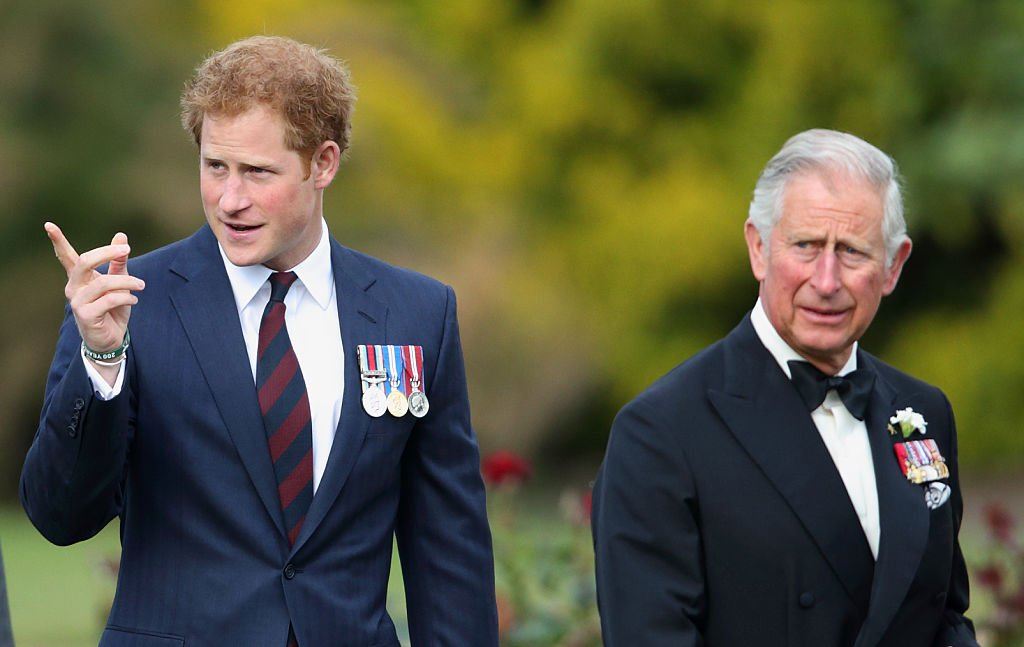 Le prince Charles et le prince Harry   photo : Getty Images