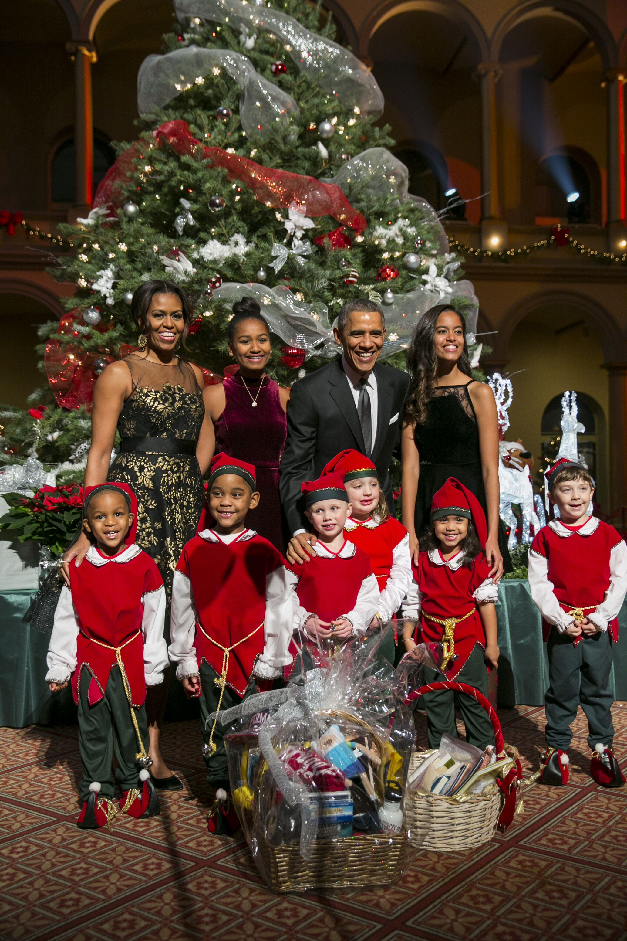 The Obama family participates in the TNT Christmas special in Washington DC in 2014/ Source: Getty Images
