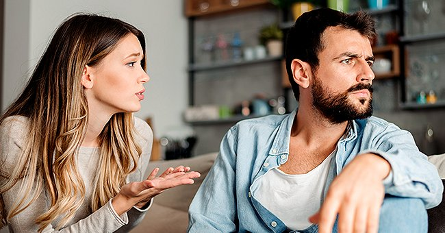 A man and a woman having a discussion | Photo: Shutterstock