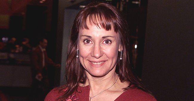 Laurie Metcalf of 'Roseanne' Fame Looks Great at 64  and Her Daughter Zoe Perry Is a Famous Actress