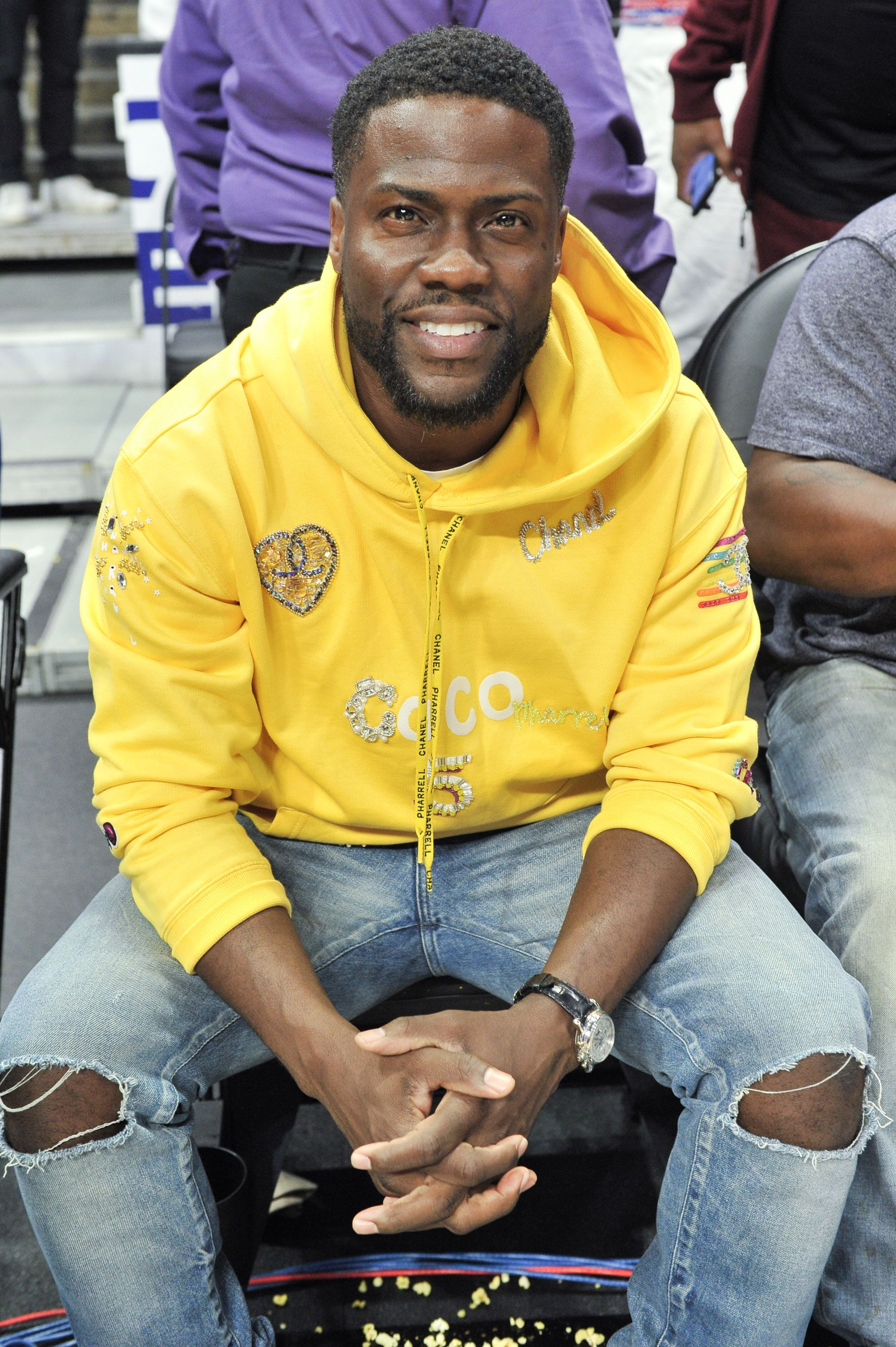 Kevin Hart at a basketball game between the L.A Clippers and the Toronto Raptors on November 11, 2019 in Los Angeles, California. | Source: Getty Images