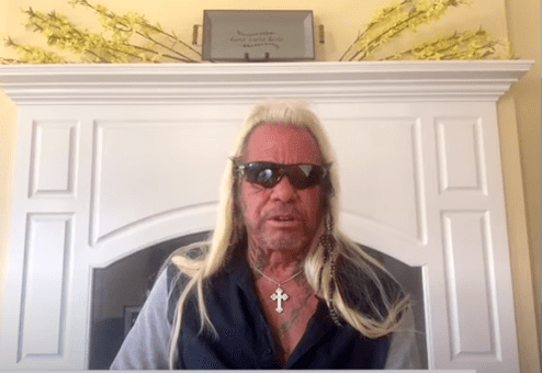 Duane Chapman talks to Dr. Oz about his fiancee Francie Frane's first experience out bounty hunting. | Source: YouTube/DoctorOz.