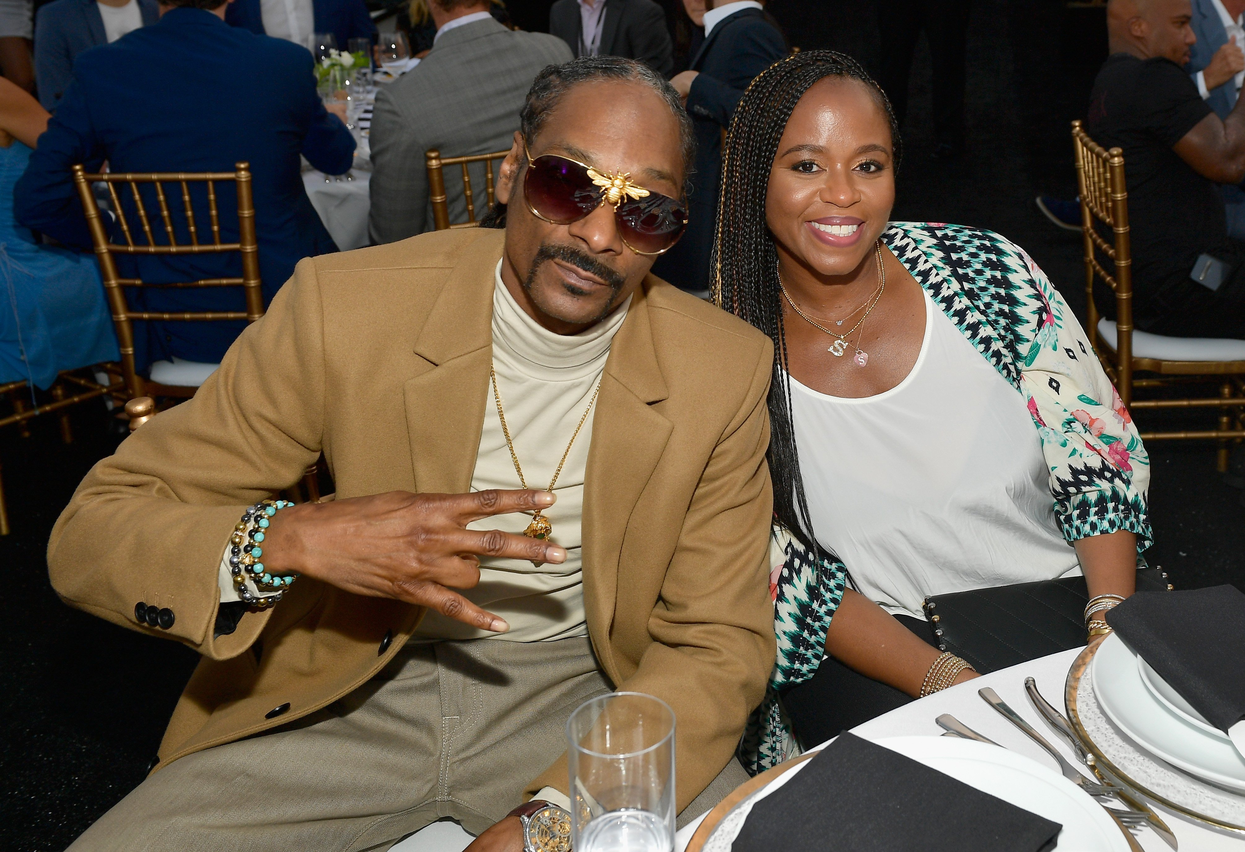 Snoop Dogg and Shante Broadus at the 33rd Annual Cedars-Sinai Sports Spectacular at The Compound on July 15, 2018   Photo: Getty Images