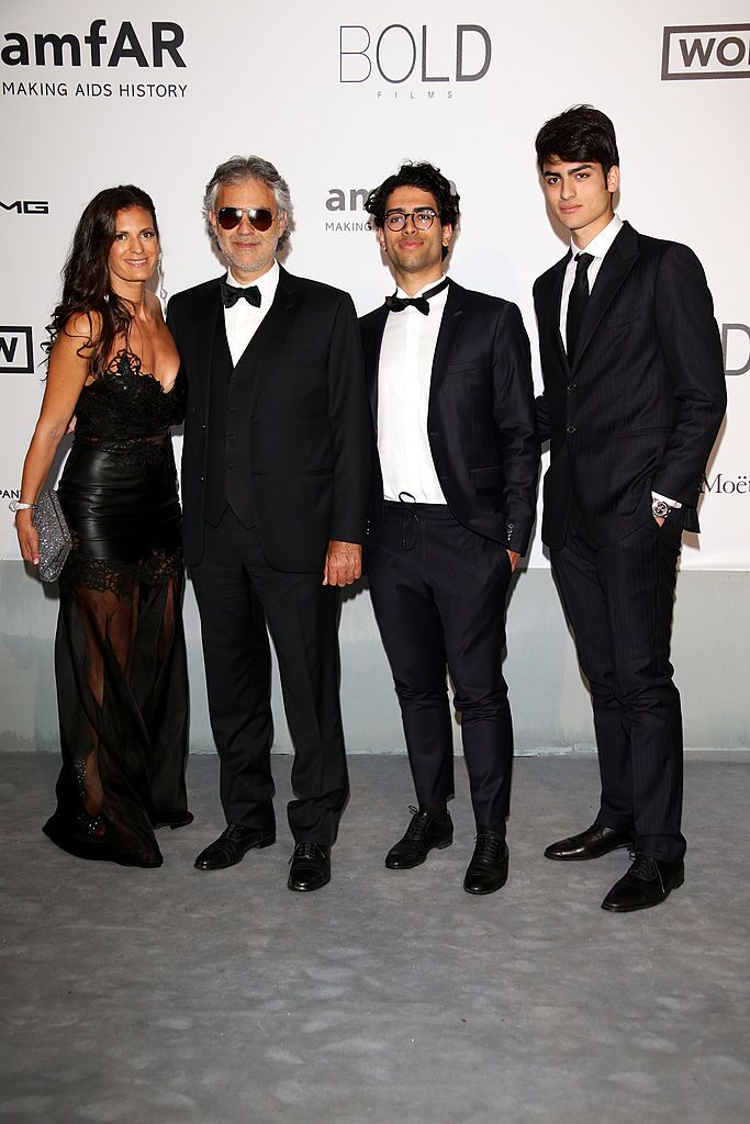 Andrea Bocelli with wife Veronica and sons Amos and Matteo at an AIDS benefit | Source: Getty Images