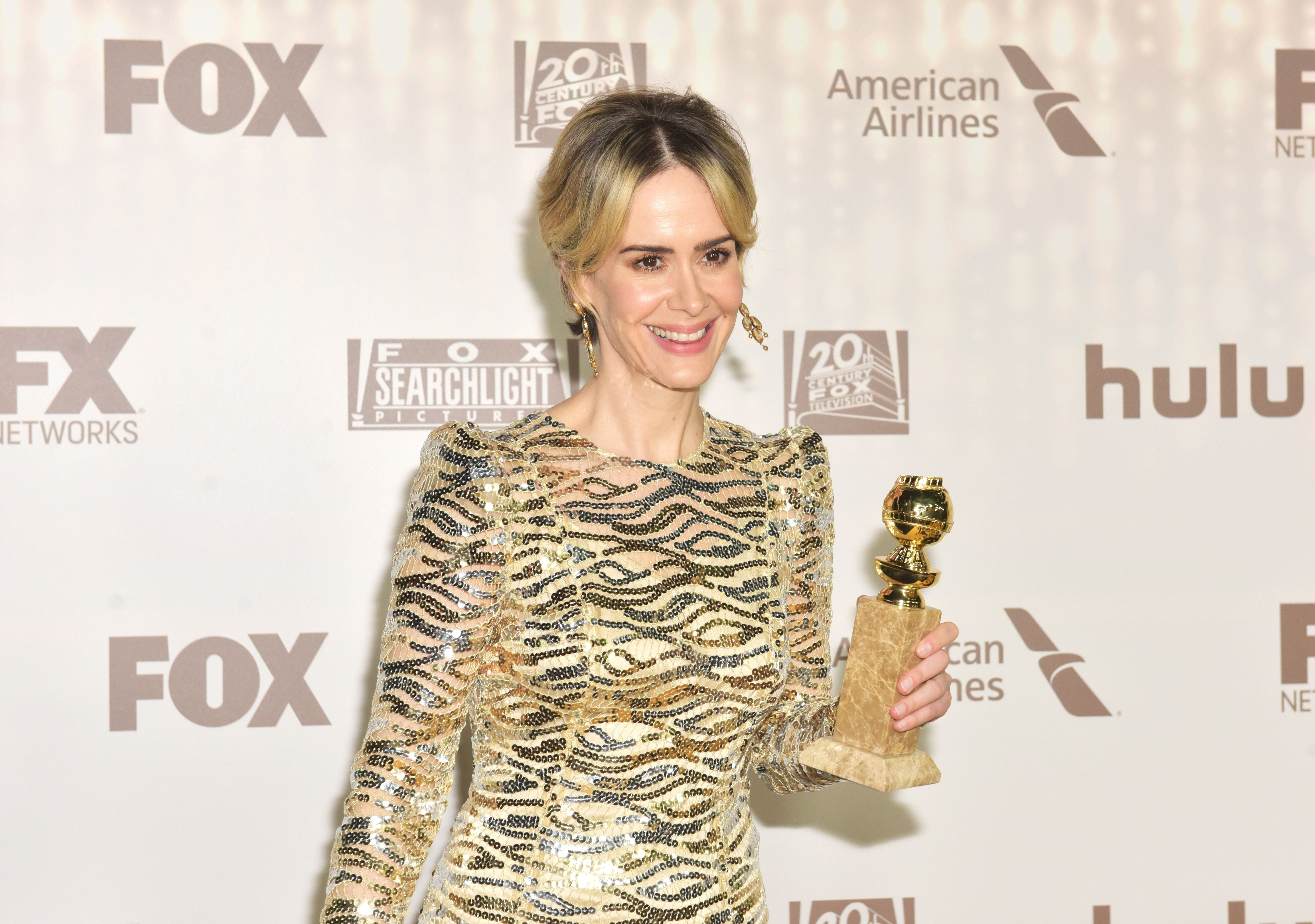 Sarah Paulson, winner of the Best Performance in a Miniseries or Television Film, for 'The People v. O.J. Simpson- American Crime Story', attends FOX and FX's 2017 Golden Globe Awards. | Source: Getty Images