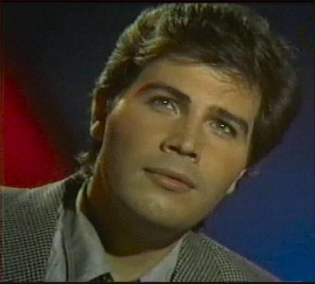 Miguel Gallardo, compositor y cantante español de la década de los 70.   Imagen: Wikipedia