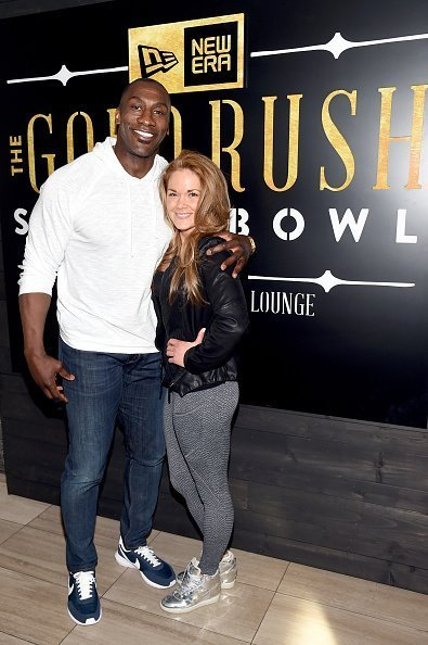 Shannon Sharpe and Katy Kellner attend the New Era Style Lounge at The Battery on February 4, 2016 | Photo: Getty Images