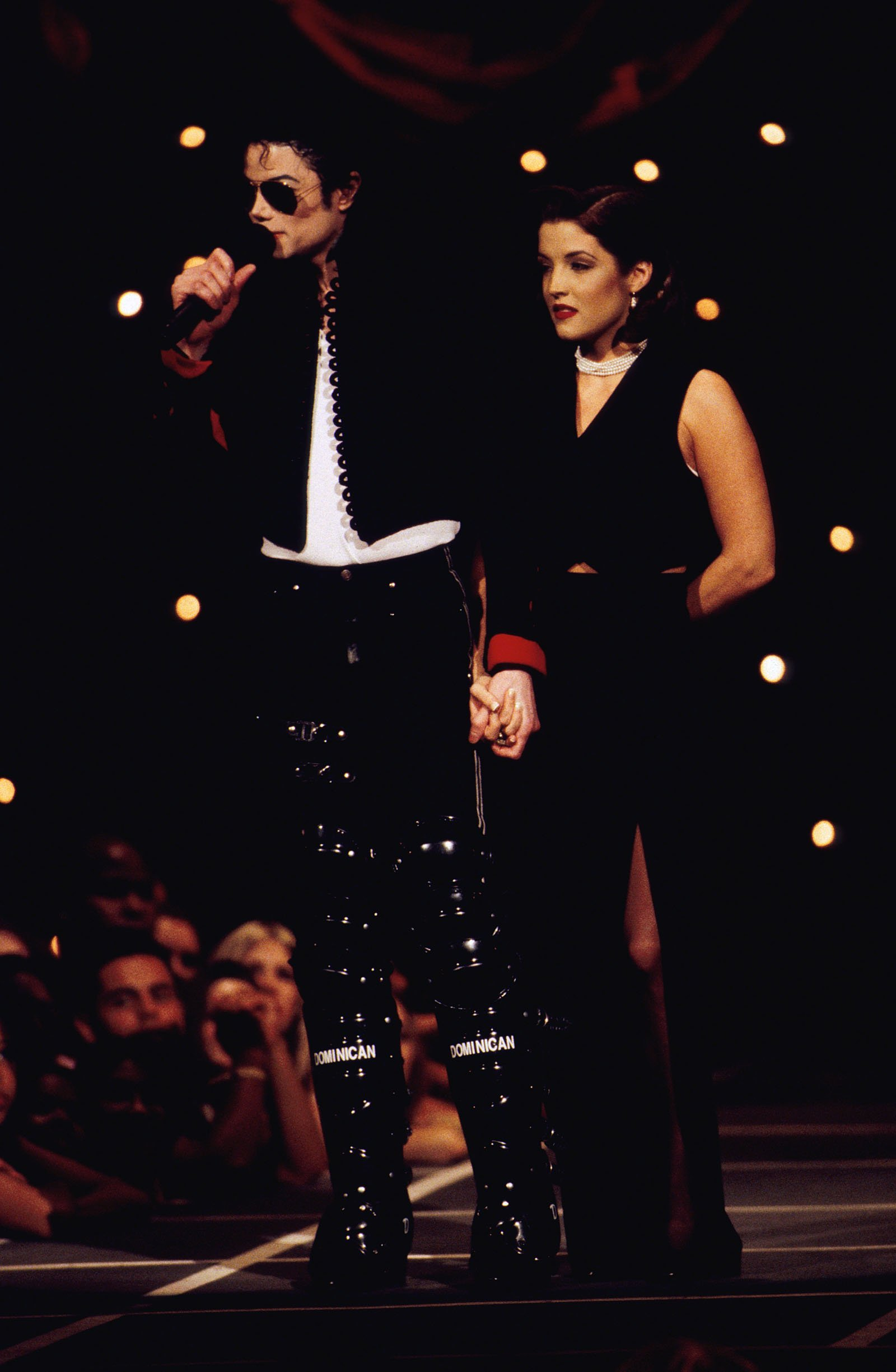 Michael Jackson and Lisa Marie Presley at the 1994 MTV Video Music Awards in Los Angeles, CA on September 8, 1994. | Source: Getty Images.