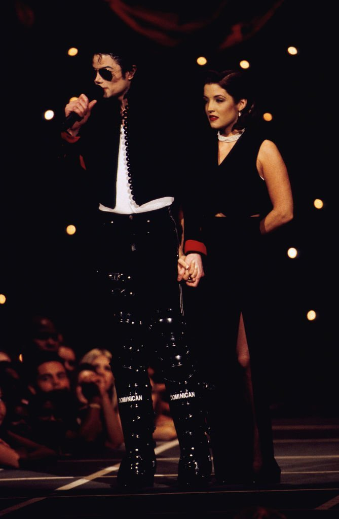 Michael Jackson and Lisa Marie Presley at the 1994 MTV Video Music Awards in Los Angeles, CA | Photo: Getty Images