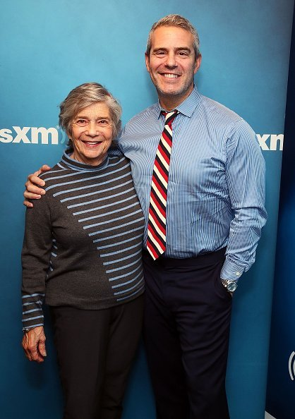 Evelyn Cohen and Andy Cohen at the SiriusXM studios on October 1, 2018 in New York City | Photo: Getty Images