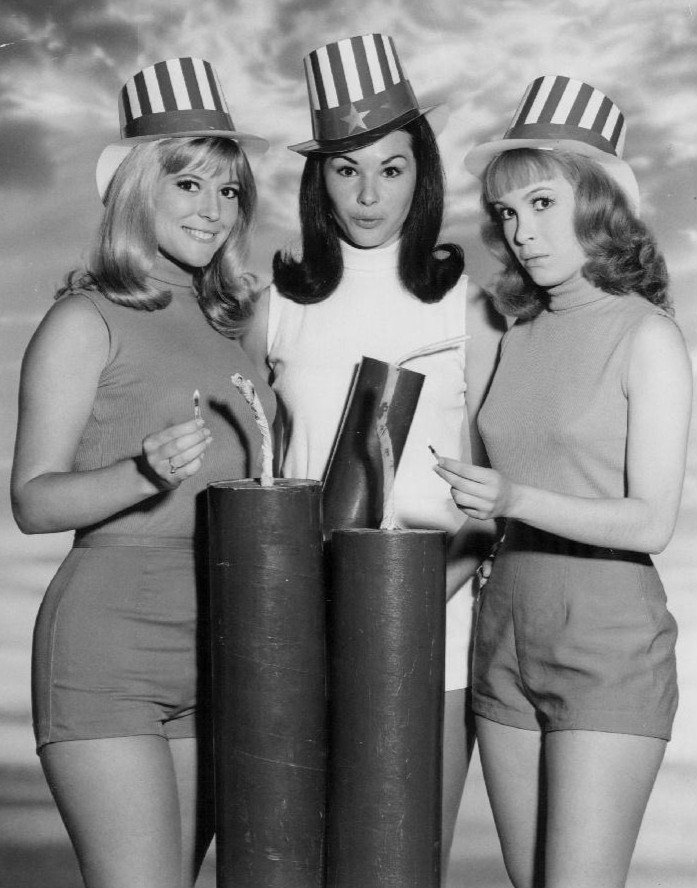 """Linda Kaye Henning, Lori Saunders, and Meredith MacRae in a 1967 publicity photo for """"Petticoat Junction"""" 