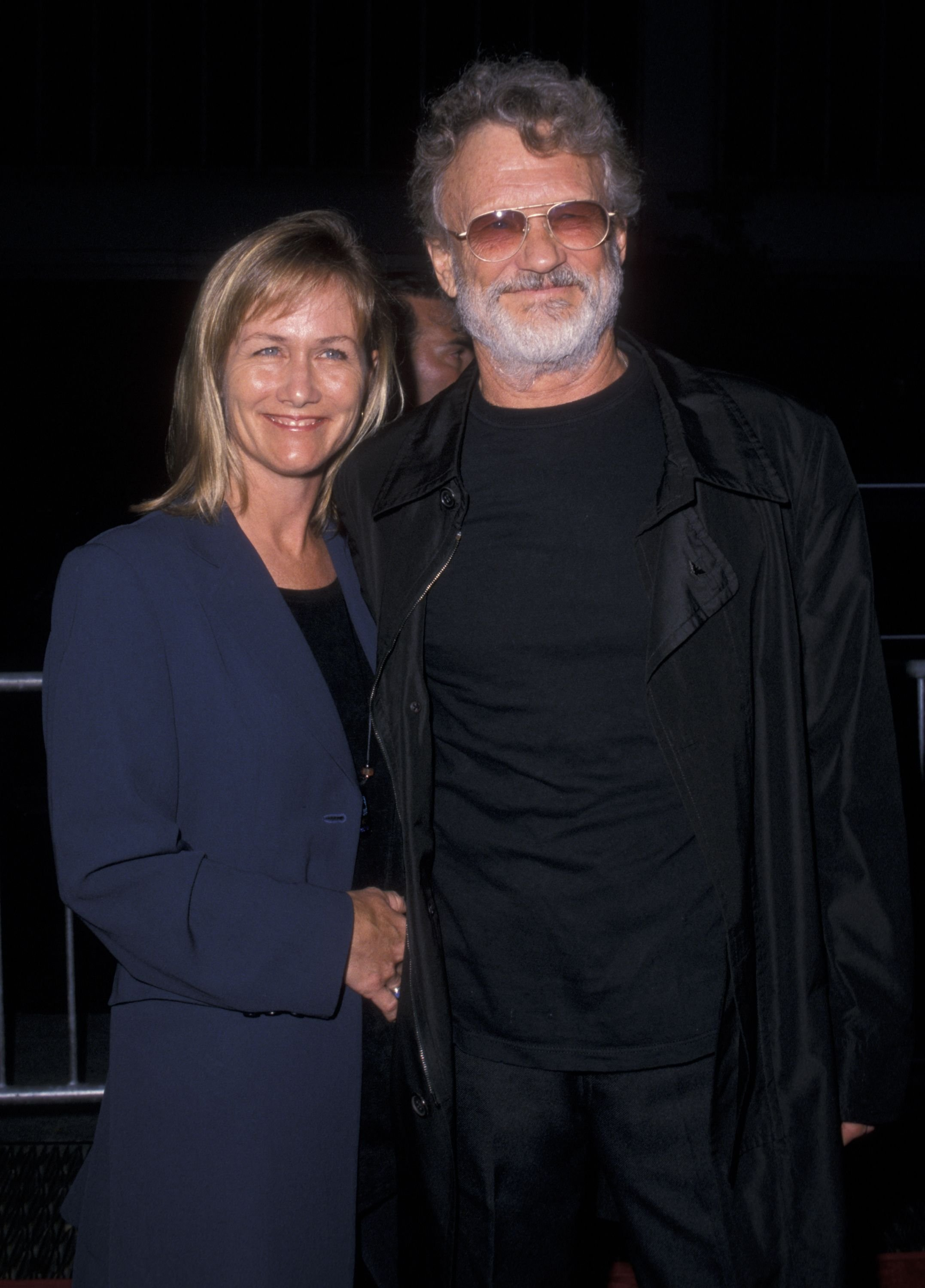 "Kris Kristofferson and Lisa Meyers during the premiere of ""Planet of the Apes"" on July 23, 2001 at the Ziegfeld Theater in New York City. 