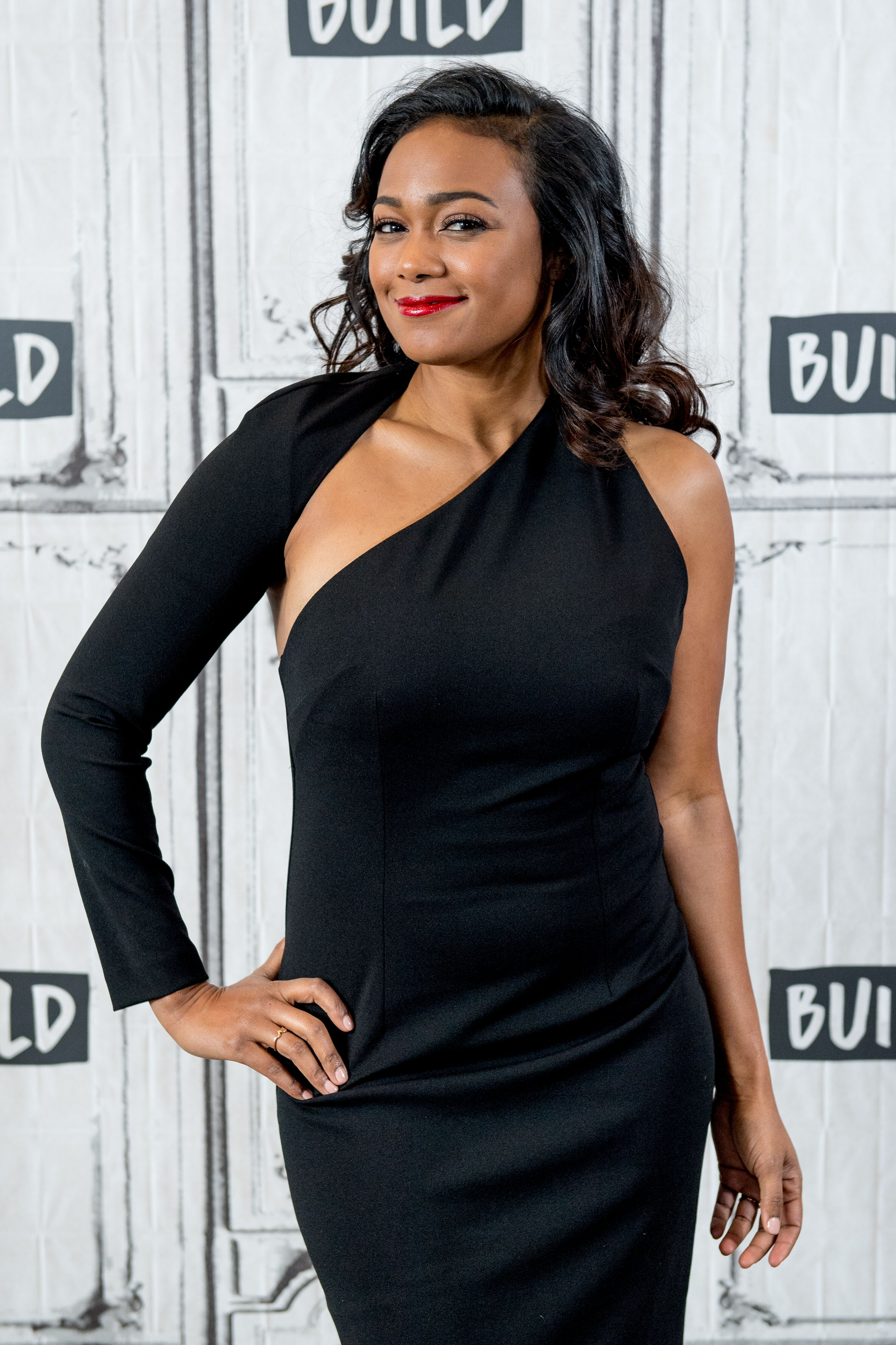 """Tatyana Ali discusses American Heart Association's """"Go Red"""" campaign with the Build Series at Build Studio in 2018