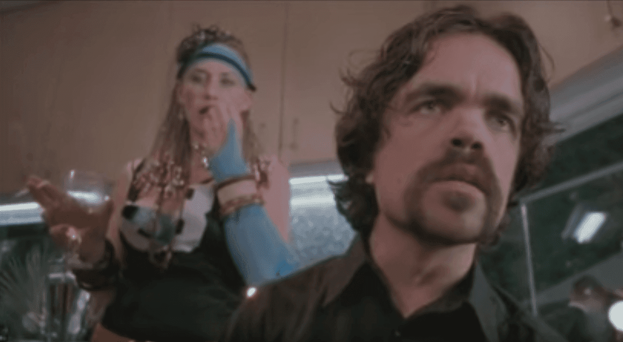 "Peter Dinklage with Patricia Arquette in ""Tiptoes"" (2003). I Image: YouTube/ Cynical Reviews."