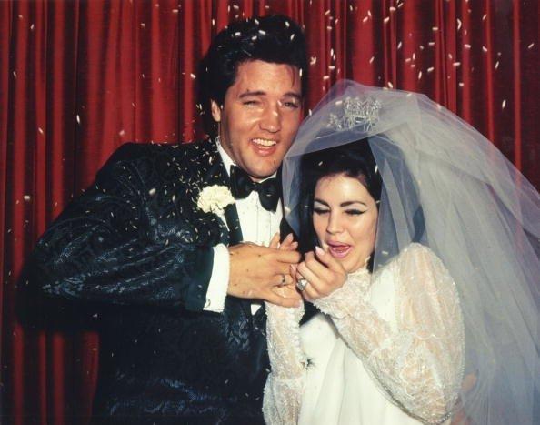 Wedding Photos of Elvis Presley to Priscilla | Photo: Getty Images