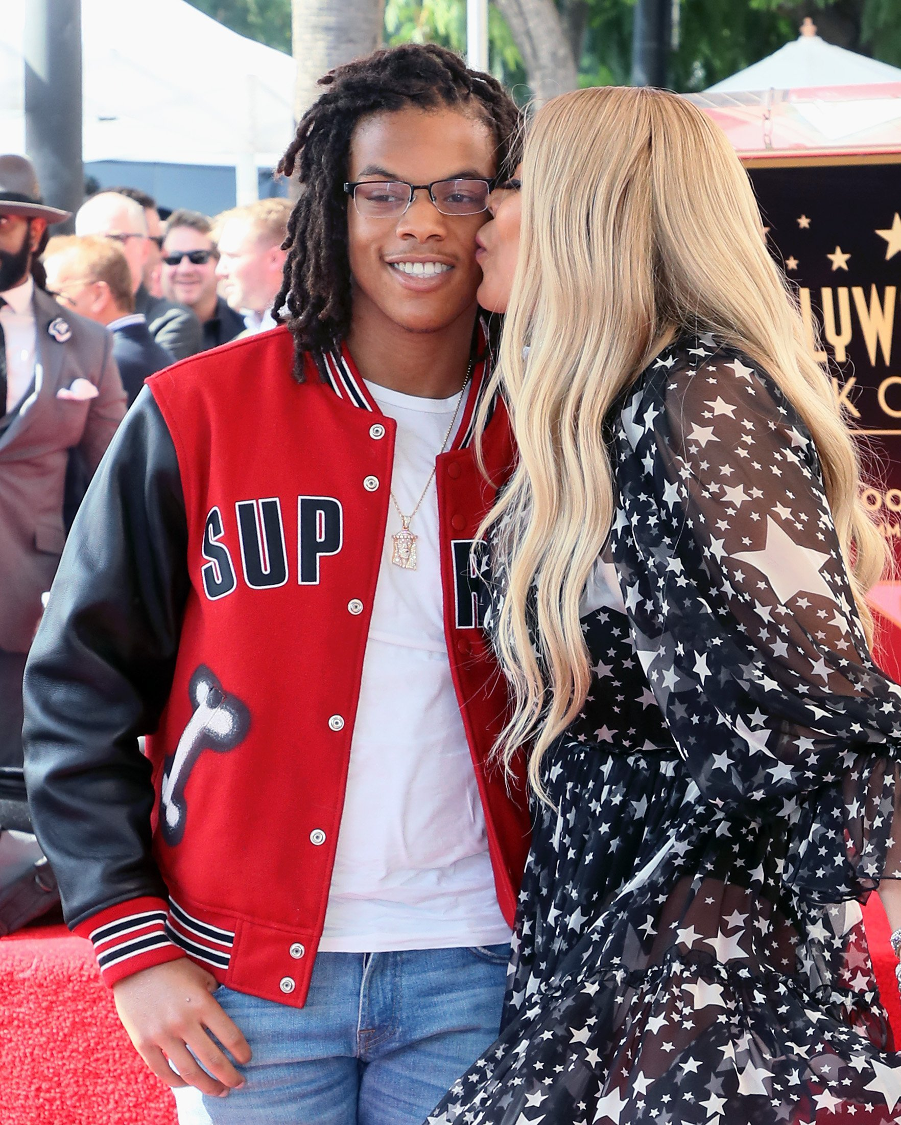 Wendy Williams & Kevin Hunter Jr. as Williams is honored with a Star on the Hollywood Walk of Fame on Oct. 17, 2019 in Hollywood, California | Photo: Getty Images