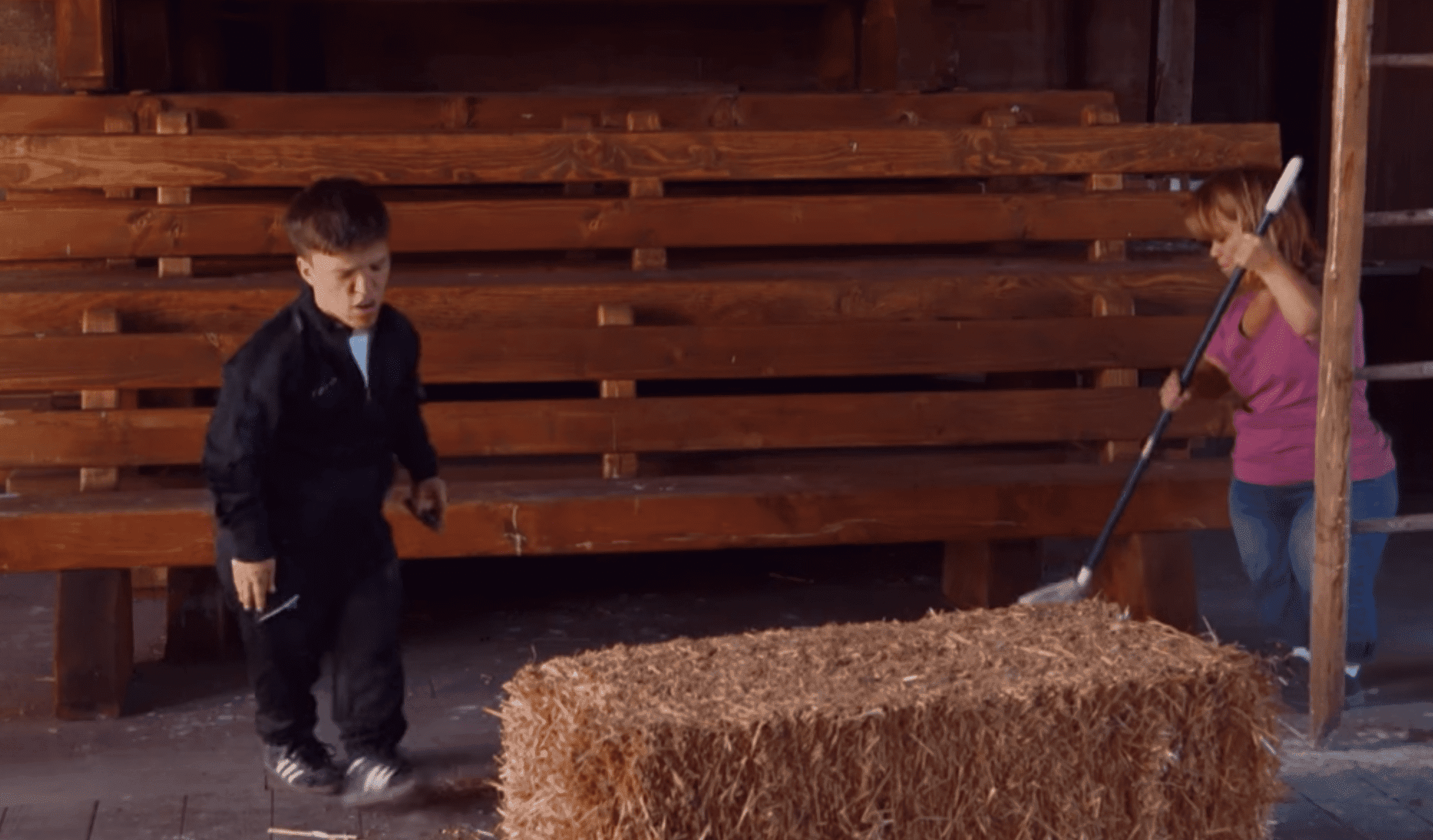 Amy and Zach clean up the barn in preparation for Jackson's birthday | Photo: Facebook/Little People, Big World