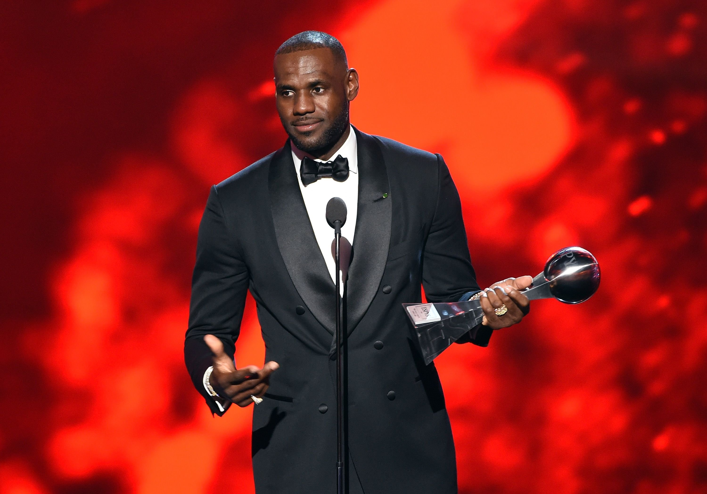NBA player LeBron James accepts the Best Male Athlete award during the 2016 ESPYS at the Microsoft Theater on July 13, 2016, in LA, California | Photo: Getty Images