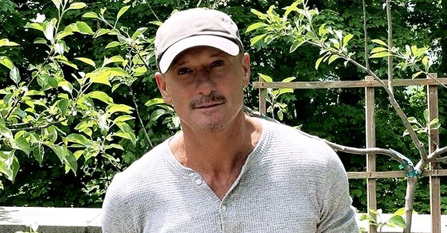 Tim McGraw Shows Fans the Great Way He Spent Father's Day in a Sweet Snap