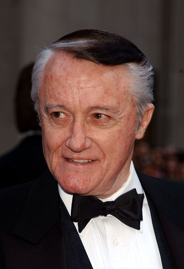 Robert Vaughn at the NBC 75th Anniversary celebration in New York City, May 5, 2002 | Photo: GettyImages