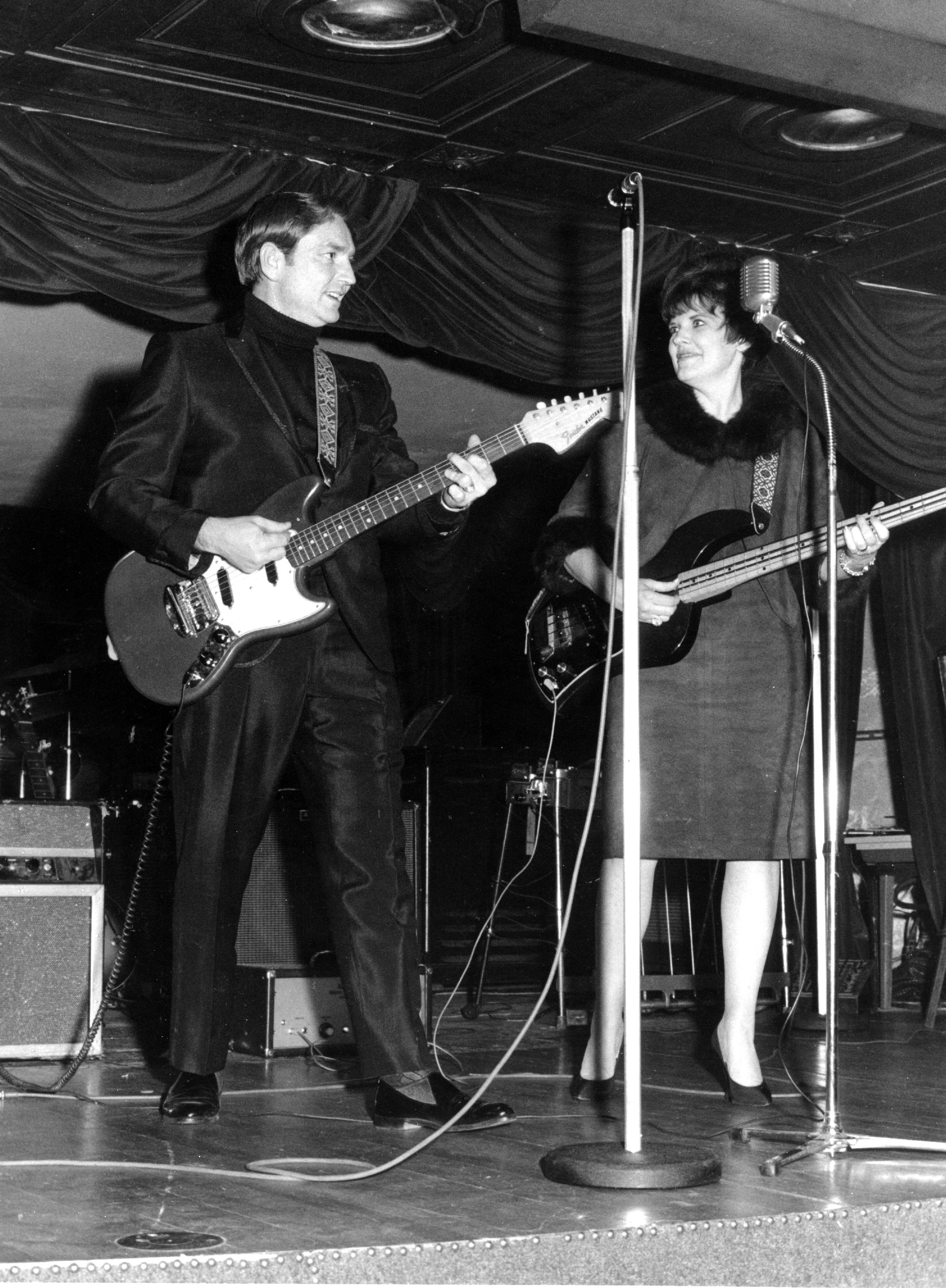 Willie Nelson and ex-wife Shirley Collie performing together in 1961   Source: Getty Images