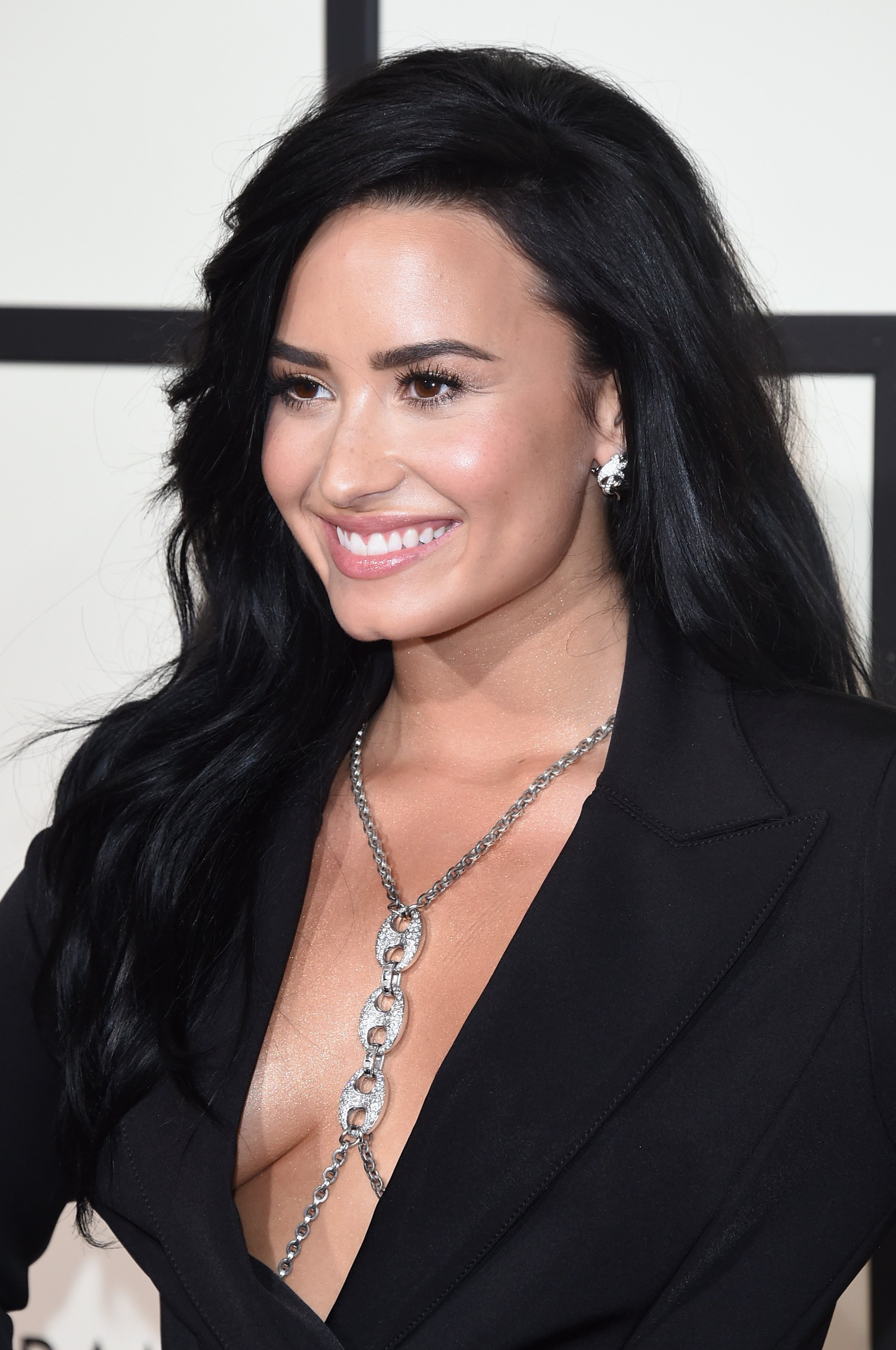 Singer Demi Lovato during the 2016 Grammy Awards in Staples Center.   Photo: Getty Images