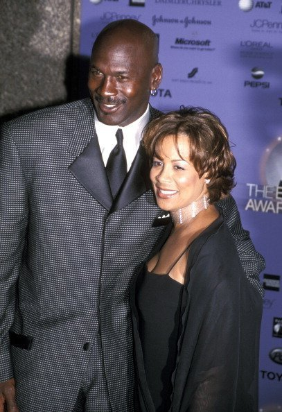 Marcha atrás difícil de complacer brindis  Life of Michael Jordan's Ex-Wife Juanita Vanoy 13 Years after Their Divorce