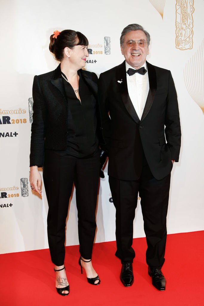 Daniel Auteuil et sa compagne, les parents de Zachary. l Source : Getty Images
