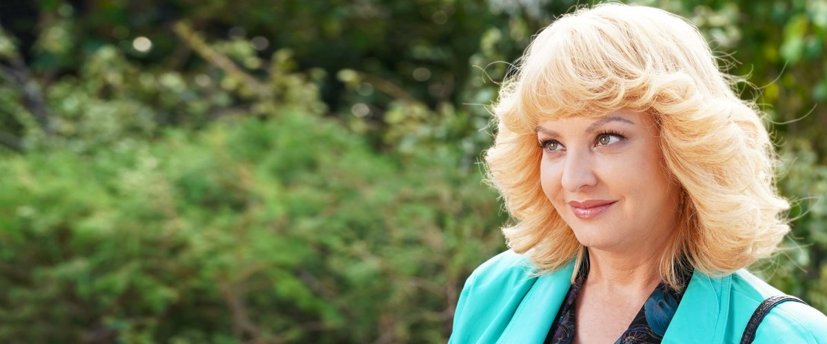 Wendi McLendon-Covey Is a Beloved TV Mom Who Does Not Have Kids in Real Life — Facts about Her