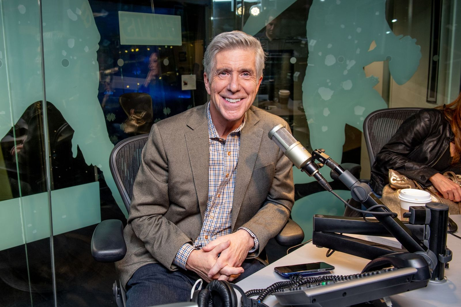 Tom Bergeron visits SiriusXM Studios on August 21, 2019, in New York City | Photo: Roy Rochlin/Getty Images