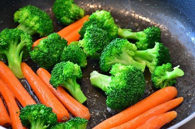 Zanahoria y brocoli. Fuente: Pixabay