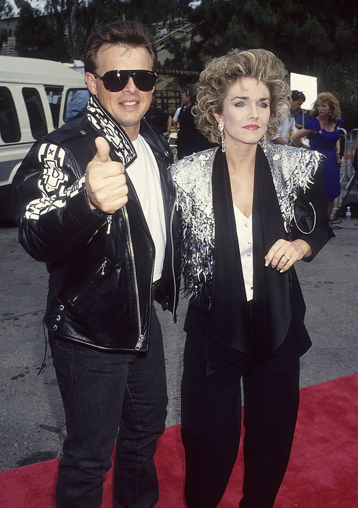 Sammy Krenshaw and ex wife Kim at the 28th Annual Academy of Country Music Awards, 1993 | Source : Getty Images