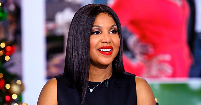 Toni Braxton Shares Throwback Pic with Sisters and Mom Evelyn — See What She Had to Say about Her Family