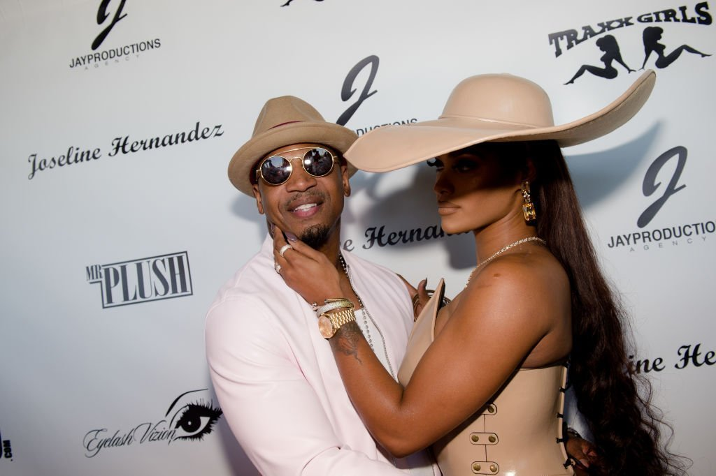 Stevie J and TV personality Joseline Hernandez celebrates Hernandez's birthday bash | Photo: Getty Images