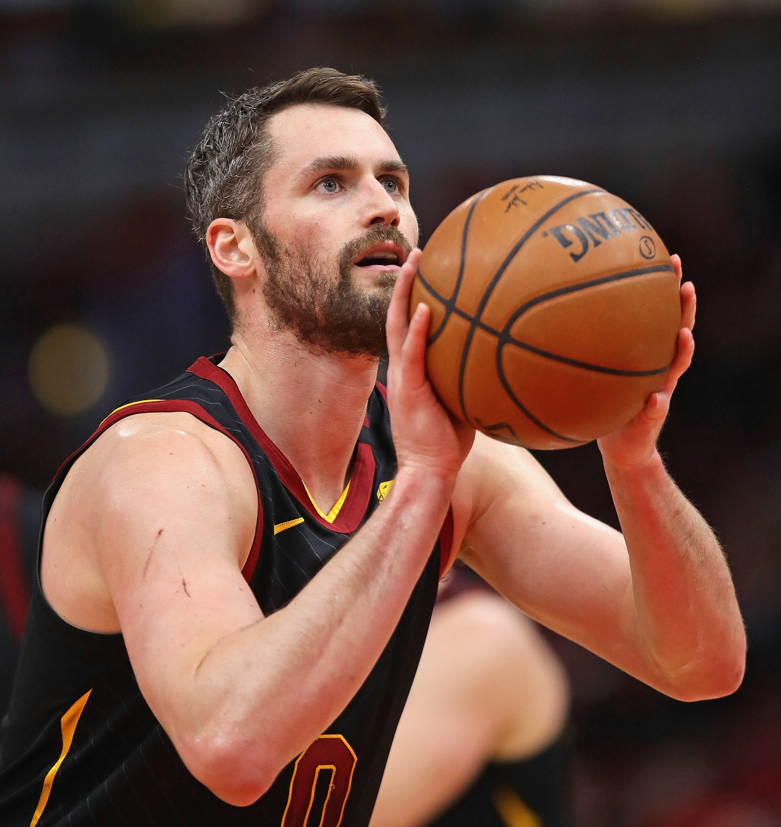 Kevin Love facing off against the Chicago Bulls in Illinois, March, 2020. | Photo: Getty Images.
