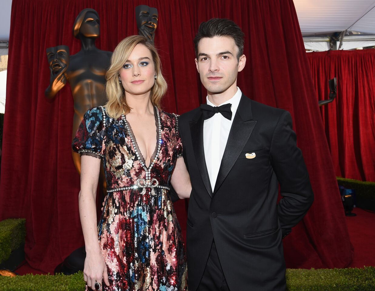 Actor Brie Larson and Alex Greenwald attend the 24th Annual Screen Actors Guild Awards. | Source: Getty Images