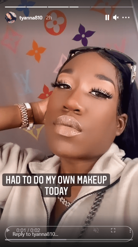 Screenshot of video of T'yanna Wallace showing her makeup. | Source: Instagram/tyanna810