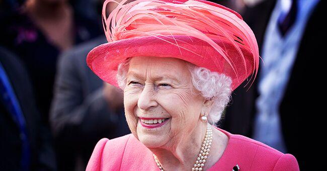 Lors de la dernière garden-party, la reine d'Angleterre était très élégante