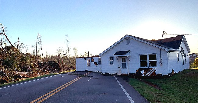 Tornado in Southern United States Kills 18 People