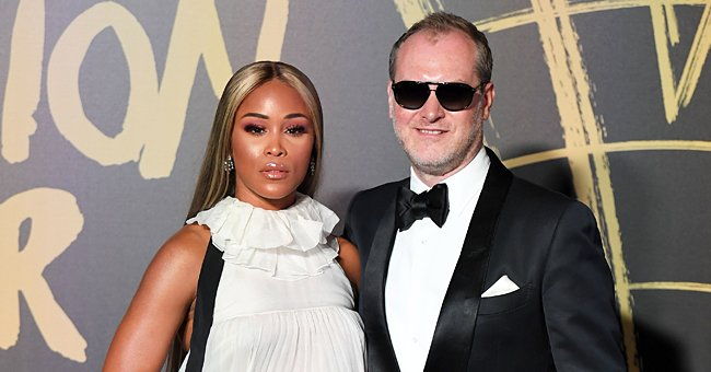Eve Spends Quality Time with Billionaire Husband Maximillion Cooper's Family in the Countryside
