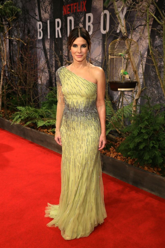 Sandra Bullock attends the European premiere of the film 'Bird Box' at Zoo Palast | Photo: Getty Images